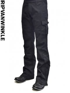 ripvanwinkle Cargo Pants<img class='new_mark_img2' src='https://img.shop-pro.jp/img/new/icons23.gif' style='border:none;display:inline;margin:0px;padding:0px;width:auto;' />