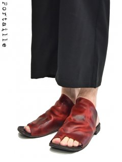 Portaille EXCLUSIVE Paraffin horse Tong Sandals - Low cut -<img class='new_mark_img2' src='https://img.shop-pro.jp/img/new/icons8.gif' style='border:none;display:inline;margin:0px;padding:0px;width:auto;' />