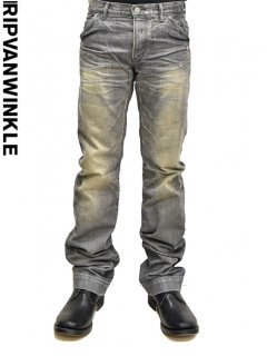 ripvanwinkle Straight Jeans<img class='new_mark_img2' src='//img.shop-pro.jp/img/new/icons20.gif' style='border:none;display:inline;margin:0px;padding:0px;width:auto;' />