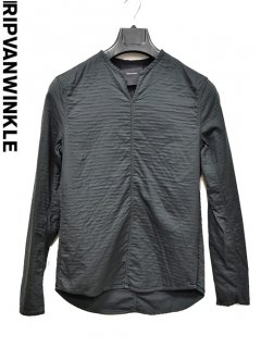 ripvanwinkle Pull Over Shirt<img class='new_mark_img2' src='https://img.shop-pro.jp/img/new/icons38.gif' style='border:none;display:inline;margin:0px;padding:0px;width:auto;' />