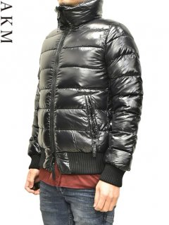 AKM×DUVETICA Reversible Down Jacket<img class='new_mark_img2' src='https://img.shop-pro.jp/img/new/icons38.gif' style='border:none;display:inline;margin:0px;padding:0px;width:auto;' />