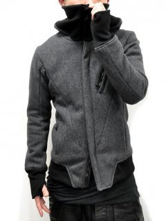 CIVILIZED Vacuum Neck Hood Jacket<img class='new_mark_img2' src='//img.shop-pro.jp/img/new/icons38.gif' style='border:none;display:inline;margin:0px;padding:0px;width:auto;' />