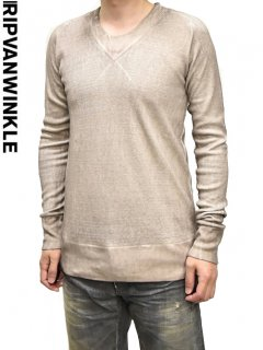 ripvanwinkle V Neck Cut&sew<img class='new_mark_img2' src='//img.shop-pro.jp/img/new/icons23.gif' style='border:none;display:inline;margin:0px;padding:0px;width:auto;' />