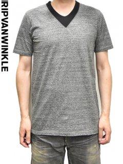 ripvanwinkle V Neck T Shirts<img class='new_mark_img2' src='https://img.shop-pro.jp/img/new/icons20.gif' style='border:none;display:inline;margin:0px;padding:0px;width:auto;' />