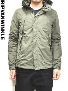 ripvanwinkle Standard Mountain Parka<img class='new_mark_img2' src='//img.shop-pro.jp/img/new/icons23.gif' style='border:none;display:inline;margin:0px;padding:0px;width:auto;' />