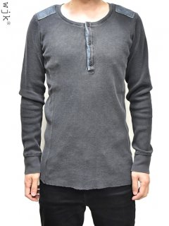 wjk Leather Patched Henly Neck Cut&sewn L/S<img class='new_mark_img2' src='https://img.shop-pro.jp/img/new/icons38.gif' style='border:none;display:inline;margin:0px;padding:0px;width:auto;' />