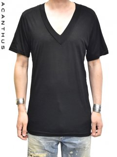 ACANTHUS Deep V neck T-shirt<img class='new_mark_img2' src='https://img.shop-pro.jp/img/new/icons38.gif' style='border:none;display:inline;margin:0px;padding:0px;width:auto;' />
