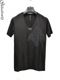GalaabenD U-neck T-shirt