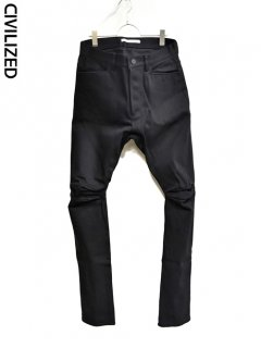 CIVILIZED Articulated Denim Pants<img class='new_mark_img2' src='https://img.shop-pro.jp/img/new/icons38.gif' style='border:none;display:inline;margin:0px;padding:0px;width:auto;' />