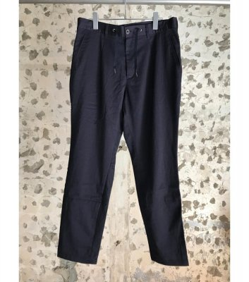 EASY TUCK PANTS<img class='new_mark_img2' src='//img.shop-pro.jp/img/new/icons21.gif' style='border:none;display:inline;margin:0px;padding:0px;width:auto;' />