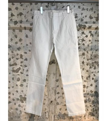 【BAND OF OUTSIDERS】CHINO PANT<img class='new_mark_img2' src='//img.shop-pro.jp/img/new/icons24.gif' style='border:none;display:inline;margin:0px;padding:0px;width:auto;' />