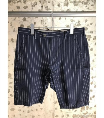 Cu/Co chalk stripe shorts<img class='new_mark_img2' src='//img.shop-pro.jp/img/new/icons21.gif' style='border:none;display:inline;margin:0px;padding:0px;width:auto;' />
