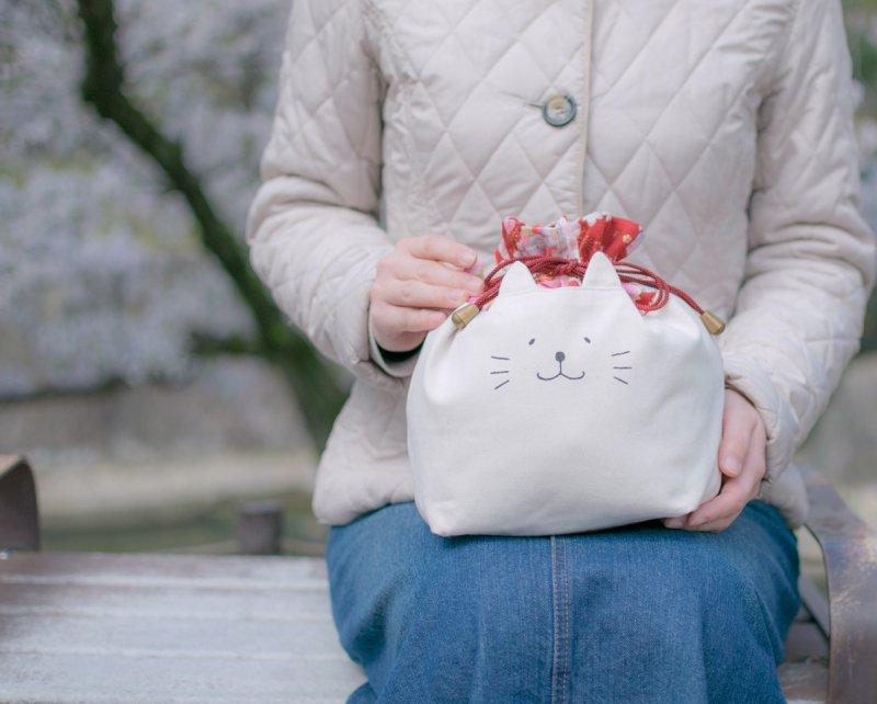 ネコぱんお出かけ3way巾着バッグ 和風 豪華な桜模様