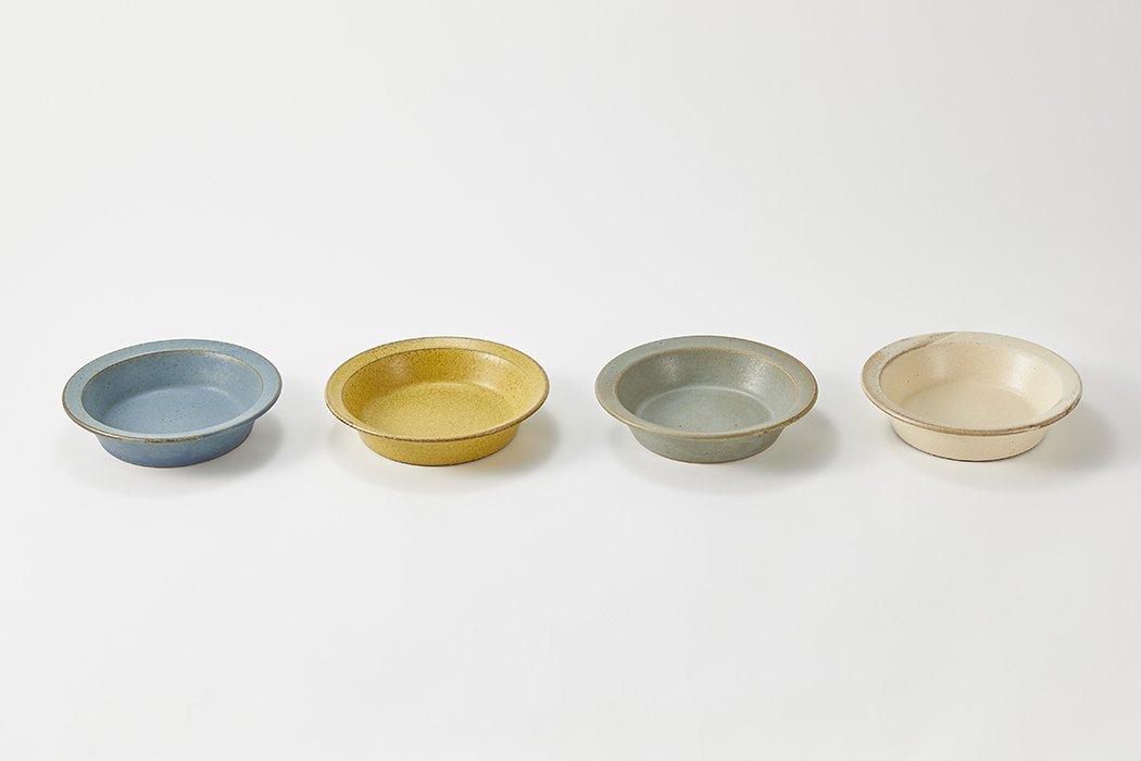 SHIROUMA(しろうま) 深皿18cm