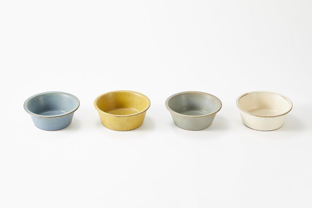 SHIROUMA(しろうま) 鉢18cm