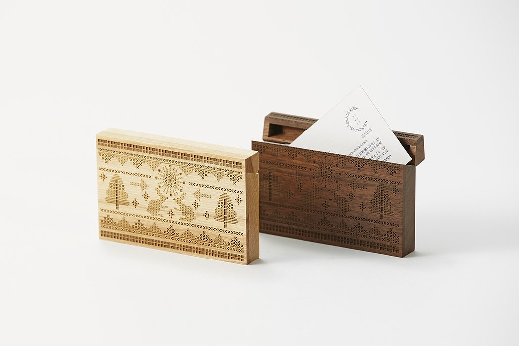 Card Chest(カードチェスト) / cross stitch