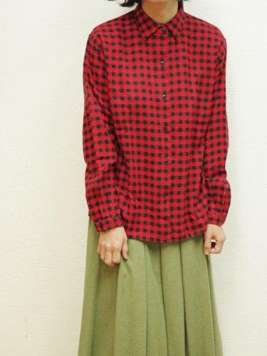 赤いギンガムチェックのウールシャツ