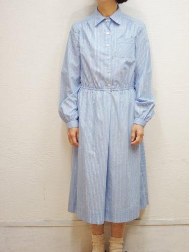 ブルーのストライプシャツワンピース