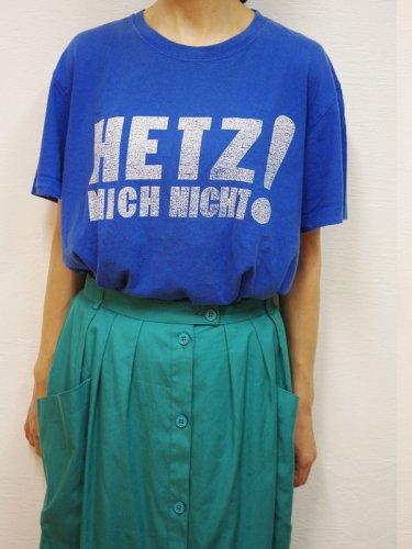 ブルーのHETZプリントTシャツ