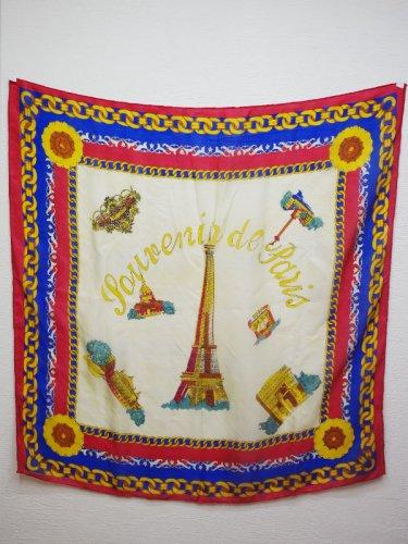 Pariのスーベニアスカーフ