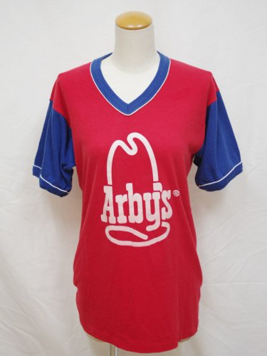 <img class='new_mark_img1' src='https://img.shop-pro.jp/img/new/icons1.gif' style='border:none;display:inline;margin:0px;padding:0px;width:auto;' />Arby'sTシャツ