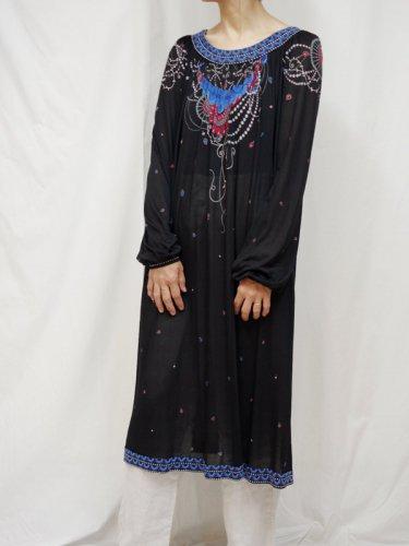 ヨーロッパ古着 レディス ワンピース 長袖 装飾 ブラック M〜L