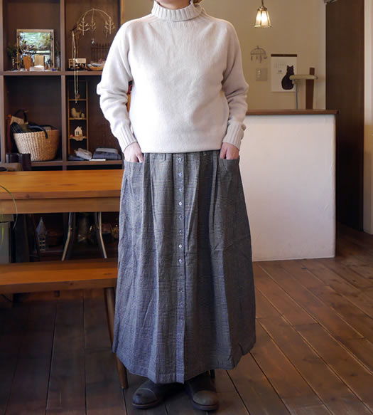 soil, ソイル. INSL18635, Wool Linen Glen Check Gather Skirt