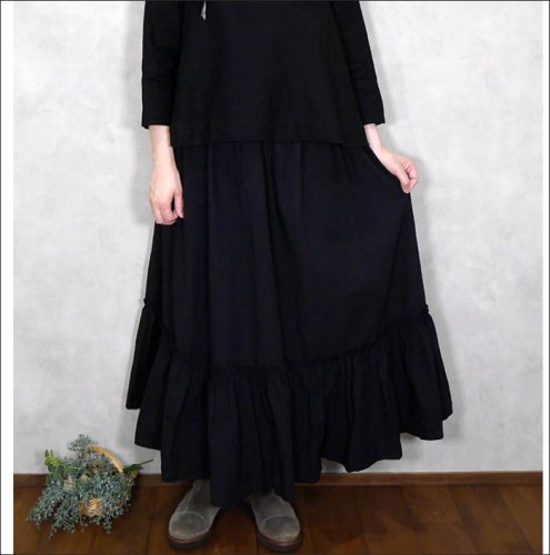 <img class='new_mark_img1' src='https://img.shop-pro.jp/img/new/icons11.gif' style='border:none;display:inline;margin:0px;padding:0px;width:auto;' />Robe de Peau ローブドゥポー/ R042 ラッフルスカート