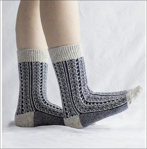 <img class='new_mark_img1' src='https://img.shop-pro.jp/img/new/icons11.gif' style='border:none;display:inline;margin:0px;padding:0px;width:auto;' />*Homie ホーミー/ H-061 Wool Jacqard Khodrang Socks