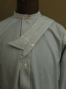 cir. 1930's striped cotton shirt with collar