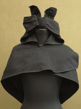 cir. early 20th c. black wool hooded cape / stole