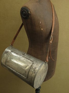 cir. early 20th c. Herbier metal bag