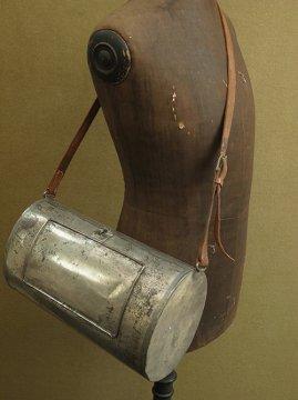cir. early 20th c. Herbier metal bag