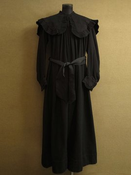 cir.1910-1930's embroidered black wool coat
