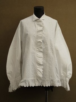 early 20th c. embrodered white blouse