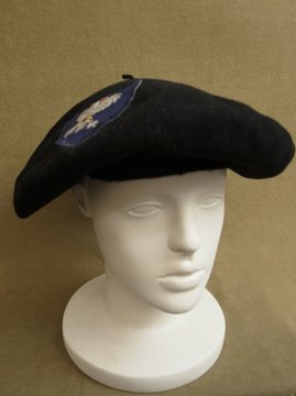 cir. mid 20th c. black wool beret