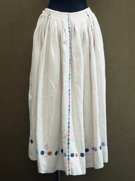 early 20th c. embroidered linen skirt