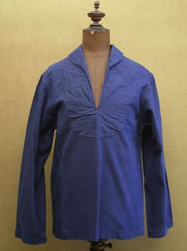 cir. mid 20th c. blue cotton work pullover