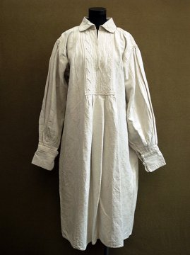 early 20th c. Eastern Europe linen long dress/shirt