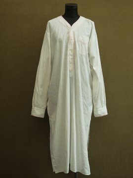 cir.1930's white long shirt