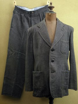 cir.1940's gray wool set-up