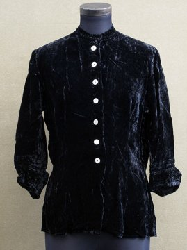 early 20th c. black velvet blouse
