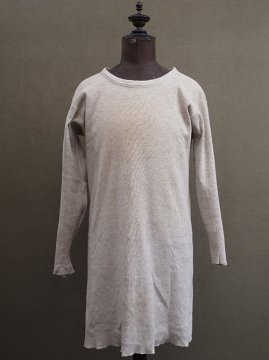 cir. 1930's beige wool knitted L/SL top