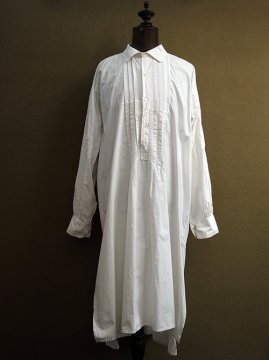 early 20th c. patched white long shirt