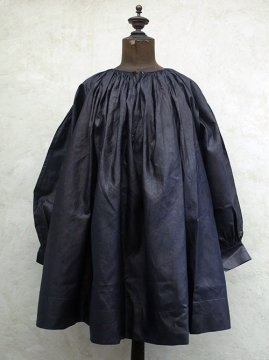 ~early 20th c. indigo linen smock / biaude