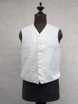 ~early 20th c. white gilet