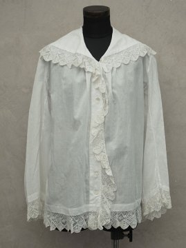 late19th - early 20th c. blouse with lace