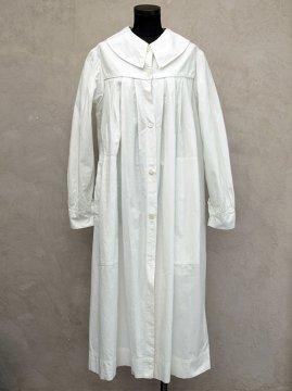 ~mid 20th c. white cotton smock/coat