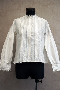 early 20th c. hand-sewn blouse