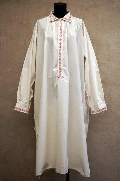 early20th c. white long shirt